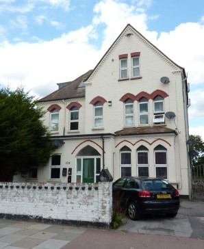 Property for Auction in London - Flat 5, 104 Southwood Road, New Eltham, London, SE9 3QS