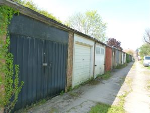 Property for Auction in Hull & East Yorkshire - Five Lock Up Garages, Gisburn Road, Hessle, East Yorkshire, HU13 9HZ