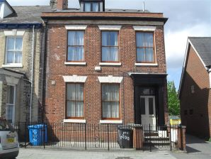 Property for Auction in Hull & East Yorkshire - 200 Coltman Street, Hull, East Yorkshire, HU3 2SQ
