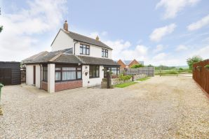 Property for Auction in Hampshire - Black Pan Cottage , Newport Road, Lake, Isle of Wight, PO36 9PE
