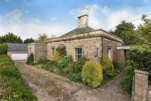 Property for Auction in Dorset - Beechfield Lodge, Horsington, Templecombe, Somerset, BA8 0DL