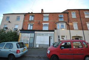 Property for Auction in Northamptonshire - 3 Strode Road, Wellingborough, Northamptonshire, NN8 1JB