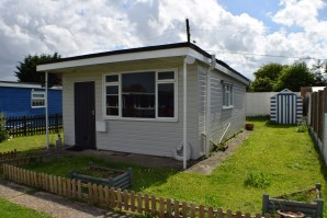 Property for Auction in Essex - 4 Clear Springs, Low Road, Harwich, Essex, CO12 3TS
