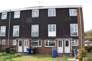 Property for Auction in Essex - 67 Boyce Road, Stanford Le Hope, Essex, SS17 8QR