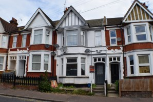 Property for Auction in Essex - 61 Heygate Avenue, Southend-On-Sea, Essex, SS1 2AN