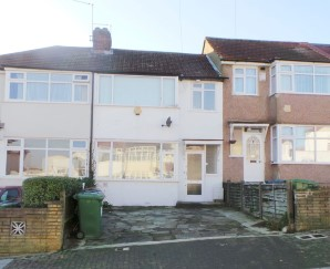 Property for Auction in London - 130 Dale Avenue, Edgware, Middlesex, HA8 6AF