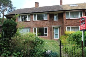 Property for Auction in Hertfordshire & West Essex - 107 Piggotshill Lane, Harpenden, Hertfordshire, AL5 5UN