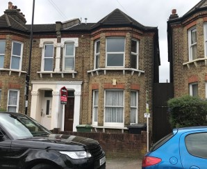 Property for Auction in London - Flat C, 6 Beecroft Road, Brockley, London, SE4 2BS