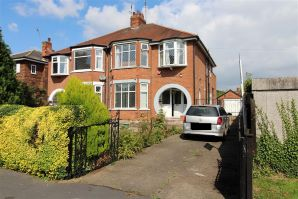 Property for Auction in Hull & East Yorkshire - 54 Saltshouse Road, Hull , East Yorkshire, HU8 9EL